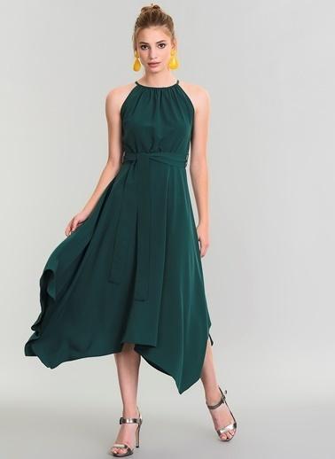 People By Fabrika Sırtı Şerit Detaylı Elbise Yeşil
